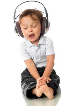 La musique fait partie de notre quotidien, à tous les âges de la vie !