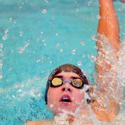 Match : Nageur patenté vs. nageur pas tenté