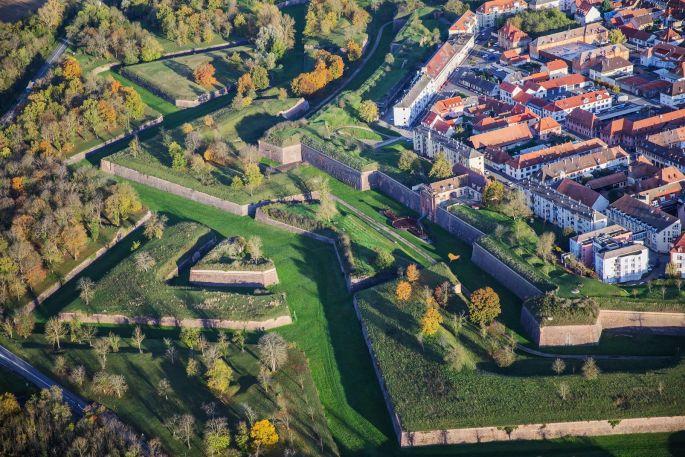 Neuf-Brisach et ses fortifications, vus d\'en haut