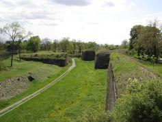 Vue des remparts de Neuf-Brisach, bel héritage de Vauban.