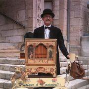 Noël 2014 à Sélestat : Monsieur Autier et son orgue de barbarie