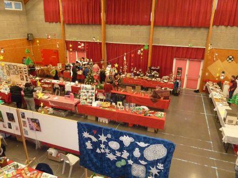 Un aperçu des stands du marché de Noël à Aspach