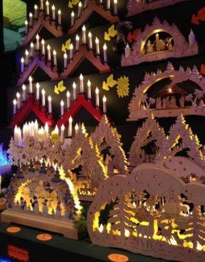 On trouve toute sorte de décorations de Noël lors du Marché de Noël de Molsheim