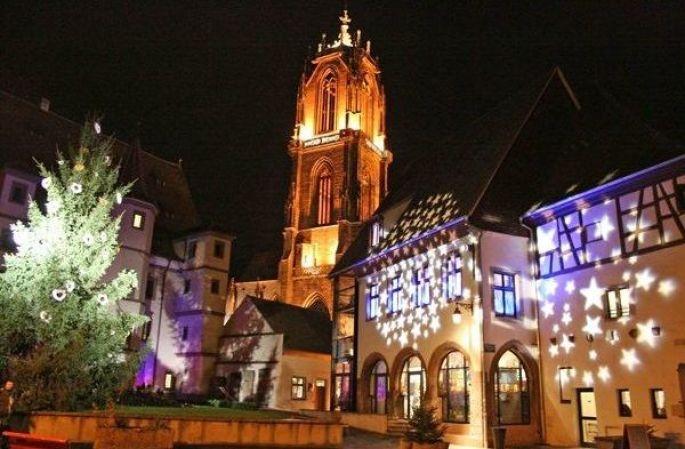 Le coeur historique de la cité humaniste  accueille le marché de Noël