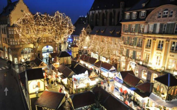 marché noel colmar 2018 date Noël 2017 à Colmar : Marché de Noël de la Place Jeanne d'Arc marché noel colmar 2018 date