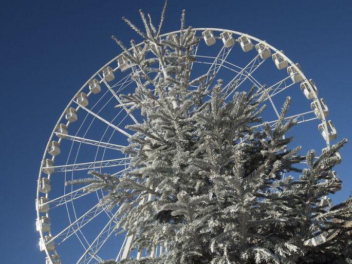 La grande roue s\'installe à Marseille pour les fêtes de fin d\'année