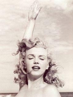 Norma Jean Baker… Marylin Monroe