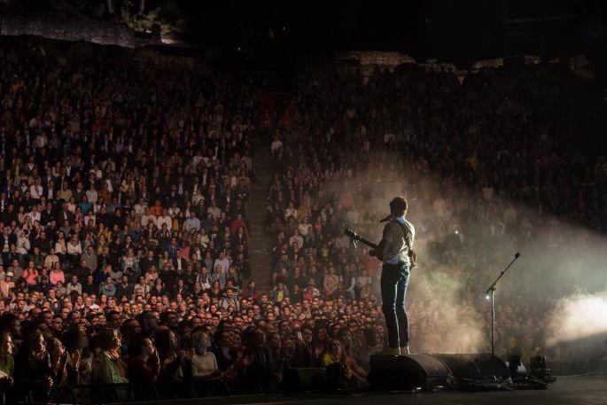 Vianney en concert aux Nuits de Fourvière à Lyon en 2017
