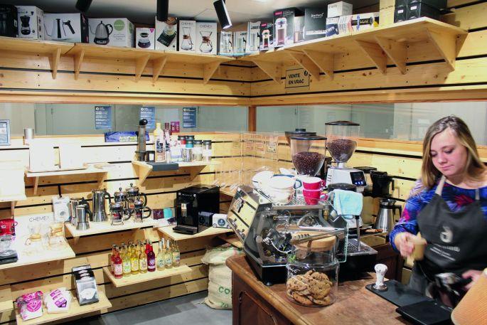Les cafés en vrac et les accessoires de café vous attendent!