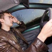 Les 10 trucs qu\'on fait dans sa voiture quand on est coincé dans un bouchon sur l\'A36