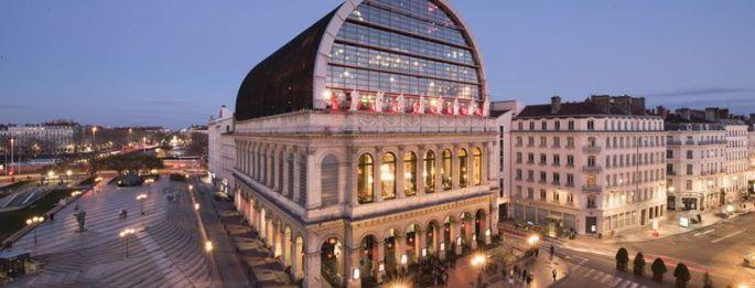 Le bâtiment de l\'Opéra de Lyon est emblématique de la Ville des Lumières
