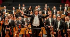 L\'Orchestre Philharmonique de Strasbourg, sous la direction de Marko Letonja