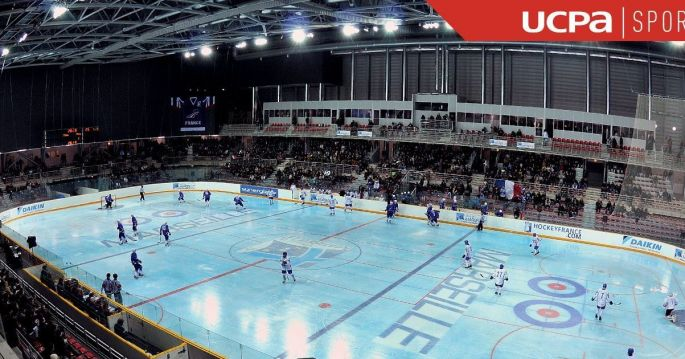 Le Palais Omnisports de Marseille accueille les matchs des équipes de hockey sur glace