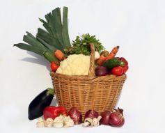 Un panier de fruits et légumes bio, rien de mieux pour redécouvrir le goût de l\'alimentation saine