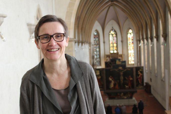 Pantxika De Paepe, conservatrice en chef du musée Unterlinden et spécialiste du retable.