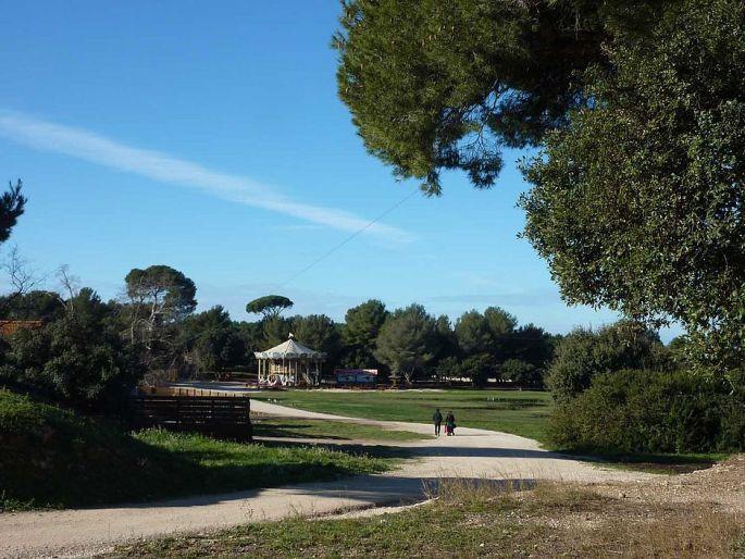 le grand parc de Figuerolles de Martigues près de Marseille