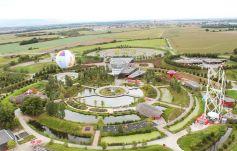 Le Parc du Petit Prince, vu d\'un ballon captif