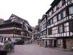 Une balade dans la Petite France de Strasbourg, l\'une des nombreuses idées de sortie d\'Alsace.