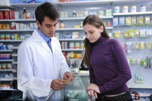 Le pharmacien est votre interlocuteur prévilégié pour tous les conseils sur la prise de médicaments.