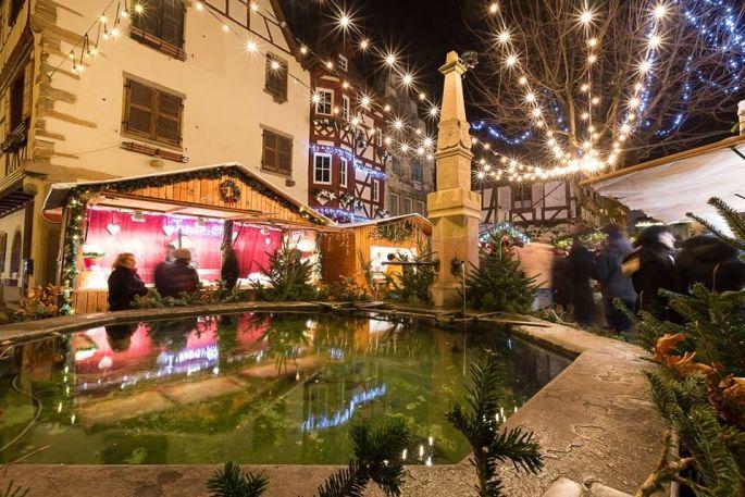 Les photos du Marché de Noël d\'Eguisheim vous plongent déjà dans son ambiance magique