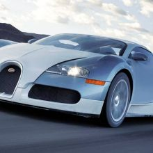 Pilotez une Bugatti Veyron !
