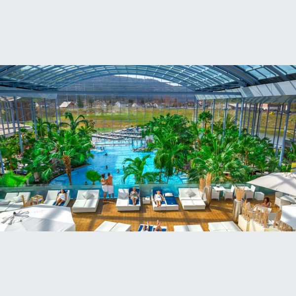 Piscine badeparadies galaxy titisee en allemagne for Titisee piscine