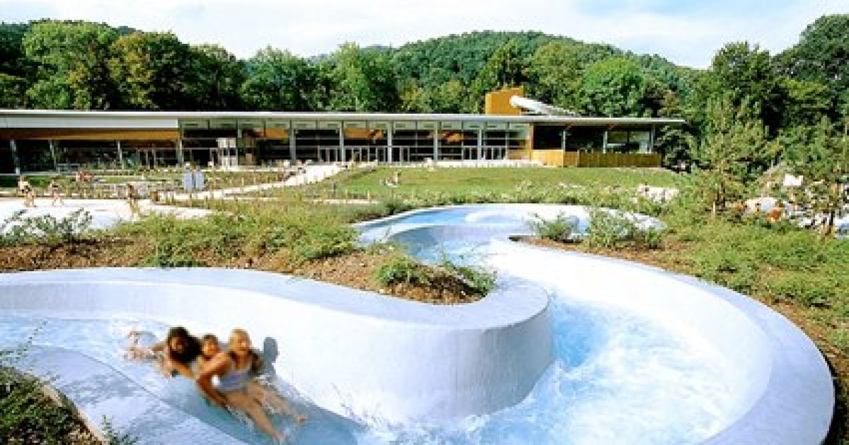 Piscine on n 39 y va pas que pour nager for Piscine kaysersberg
