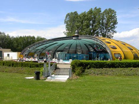Piscine les rives de l 39 ill tagolsheim piscine for Piscine tournesol