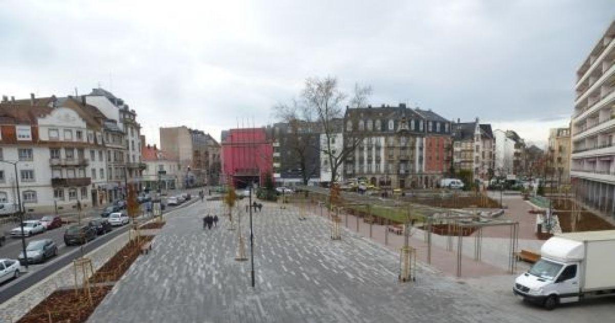 Place du march de neudorf strasbourg place for Maison de l emploi strasbourg