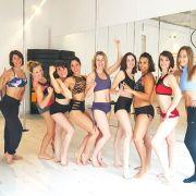 Puissance et sensualité : à l'école de pole dance de Mulhouse
