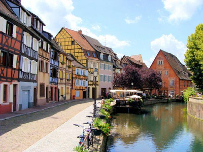 Le quartier de la Petite Venise est un des piliers du charme saisissant de Colmar