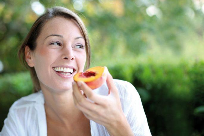 Pour tenir en cas de petite faim, mieux vaut prévoir d\'avoir toujours un fruit dans son sac