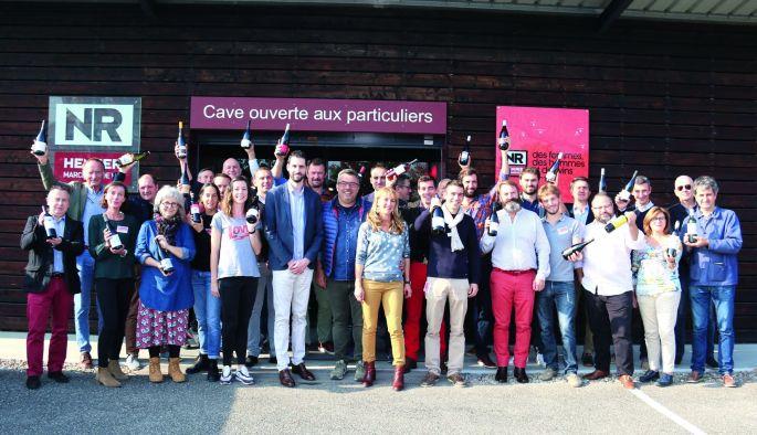 Le salon des vins chez le marchand de vin Emmanuel Nasti à Sausheim