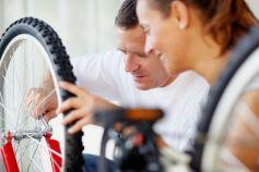 Les spécialistes du vélo assurent la vente comme l\'entretien mécanique de votre vélo