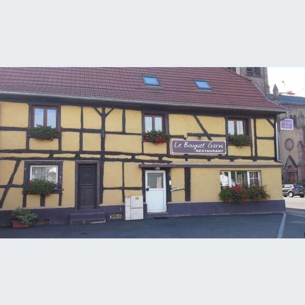 Restaurant le bouquet garni village neuf restaurant for Piscine village neuf horaires