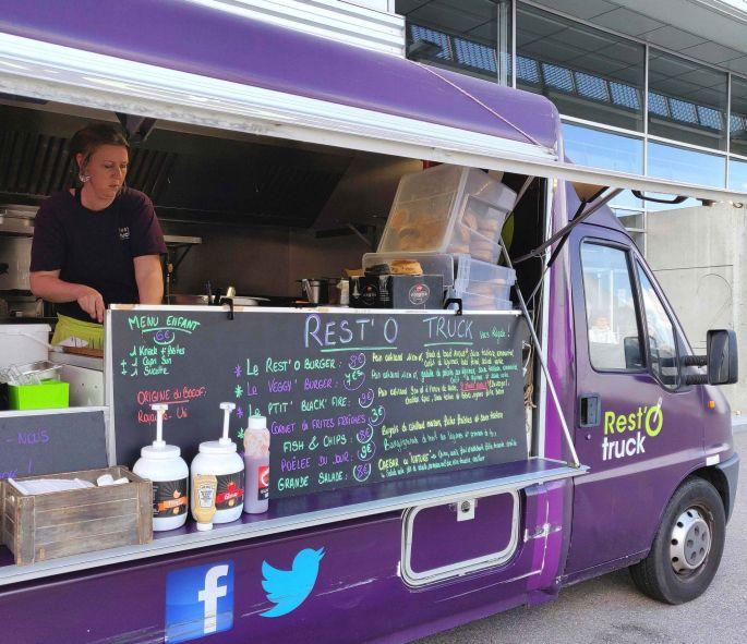 Rest'O Truck: des burgers copieux et savoureux!