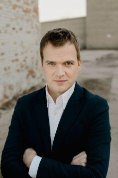 Risto Joost dirige l\'Orchestre Philharmonique de Strasbourg