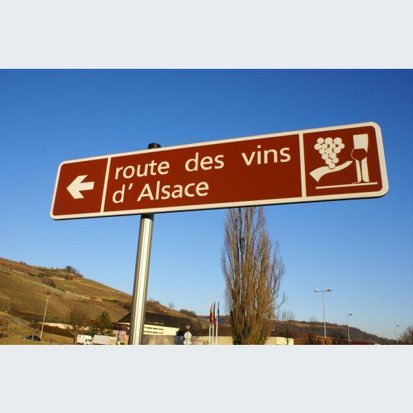 Assez Route des vins d'Alsace - le guide, infos, loisirs, tourisme, sorties YV53