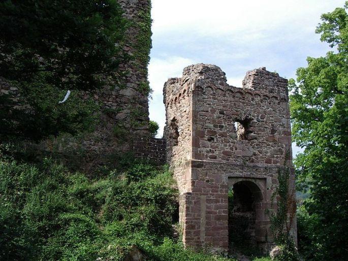 Ruines du Château du Hugstein