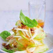 Salade au fenouil, pomme verte et noix
