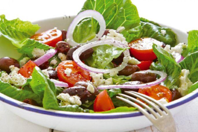 Salade d\'inspiration grecque