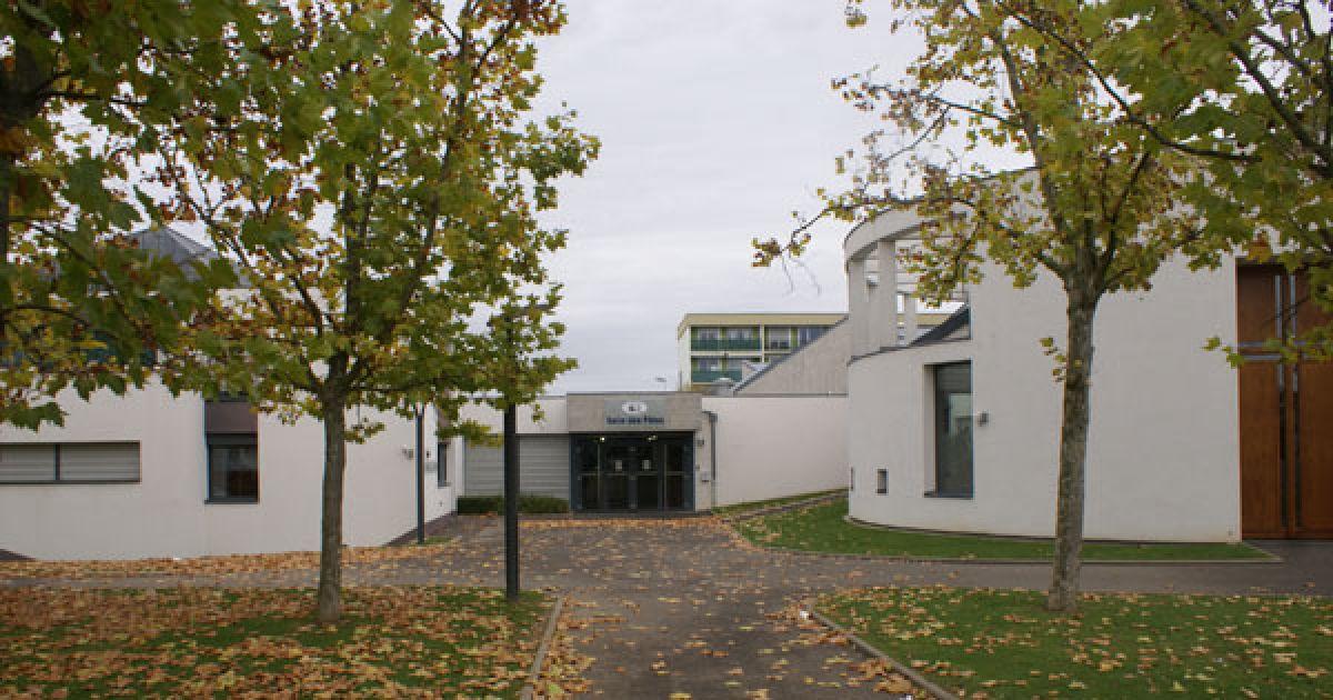 Salle des f tes rixheim salle polyvalente for Piscine de rixheim