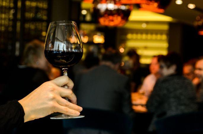 Des dégustations (avec modération) de vin au Salon des Vignerons Indépendants à Lyon