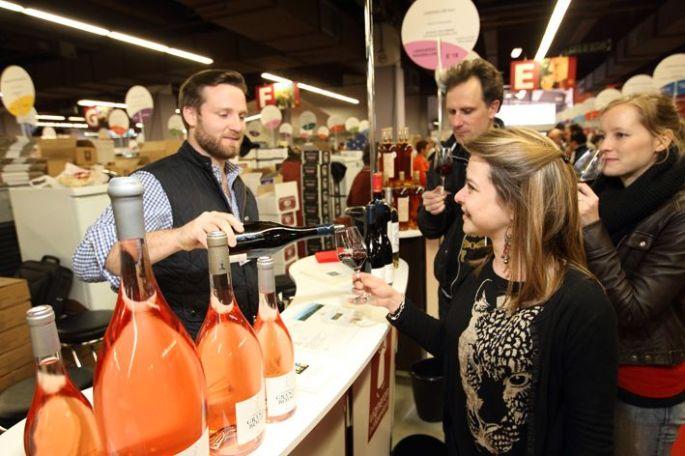 Tester des vins venus de toute la France