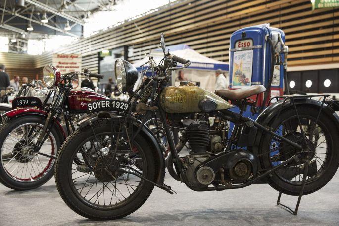 Des anciennes motos à l\'honneur au Salon du 2 roues de Lyon