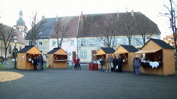 Les chalets du Marché de Noël de Sarre-Union