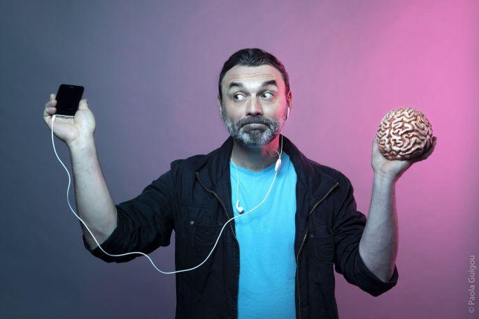 Sébastien Bizzotto - C\'est pas moi, c\'est mon cerveau (disponible)!