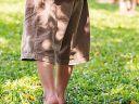 Marcher pieds nus sur les sentiers