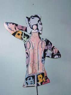 Une silhouette sur pied de Simone François