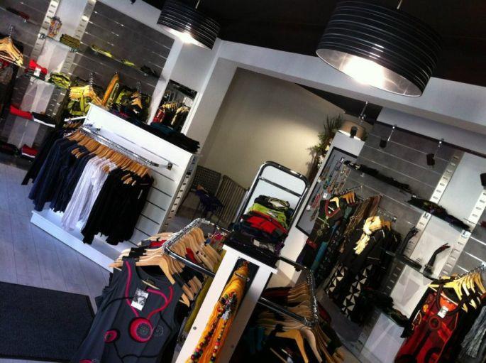 Située à proximité de la Tour du Bollwerk, la boutique Gaïa propose accessoires et prêt-à-porter pour femme